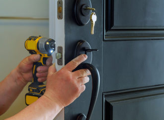 Basic Steps Involved In Locating a Reliable Emergency Locksmith Service