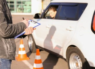 Find a Good Driving School When Learning To Drive