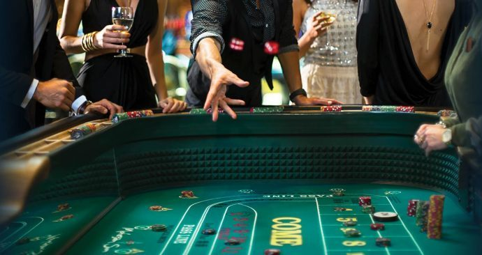 Online Poker Sites Play Poker Easily at Home