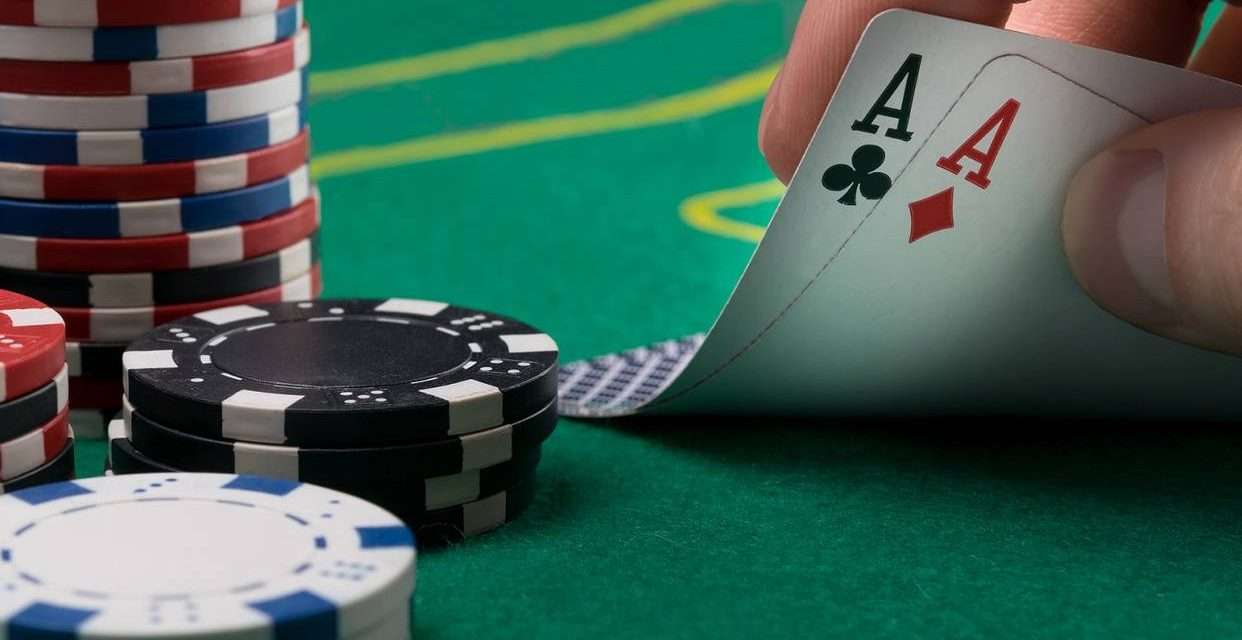 Online Poker History The Story Behind The Sensational Hit